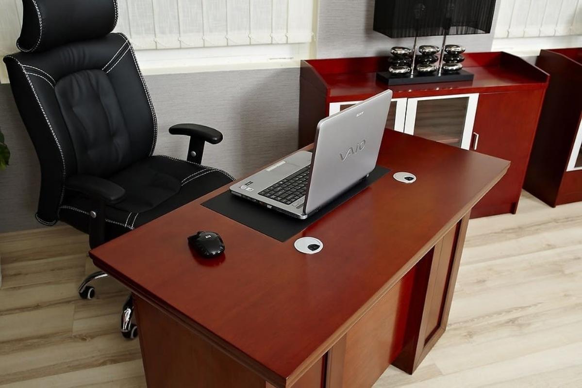 Scrivania tavolo porta pc con cassetti da ufficio studio for Scrivania per studio