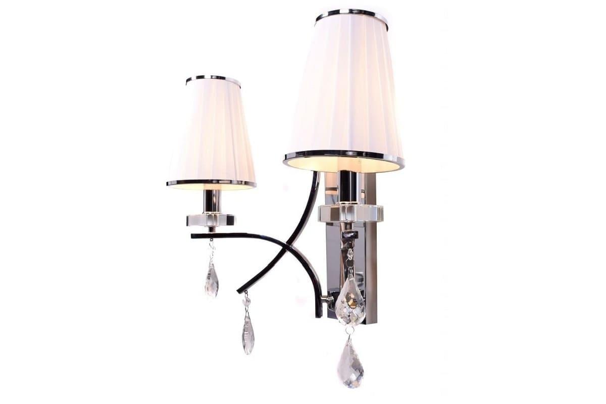 Lampade da parete per salotto: raffinata applique da parete in
