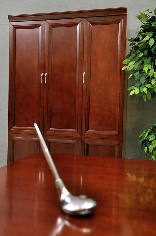 Armadio per ufficio o studio in stile classico a 3 ante ...