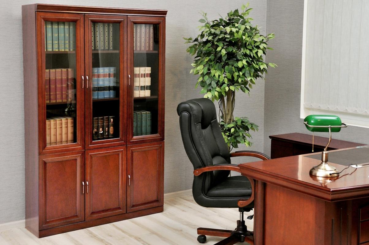 armadio per ufficio o studio in stile classico a 3 ante