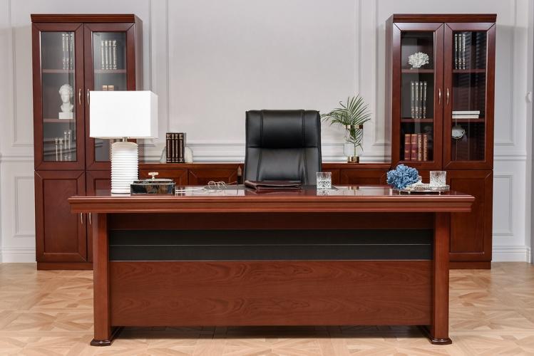 Scrivania direzionale in stile classico per ufficio o for Scrivania direzionale