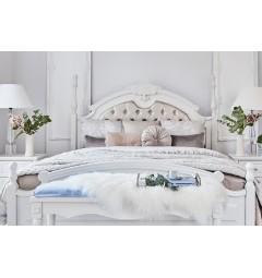 letti testata imbottita e pinnacoli di colore bianco stile francese