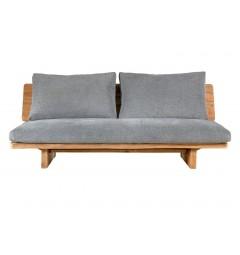 divano con legno rustico