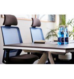 tavolo riunioni in legno