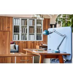 ufficio moderno con mobili in legno