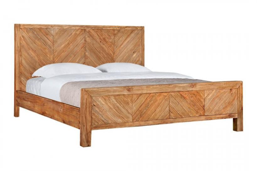 arredamento in legno naturale
