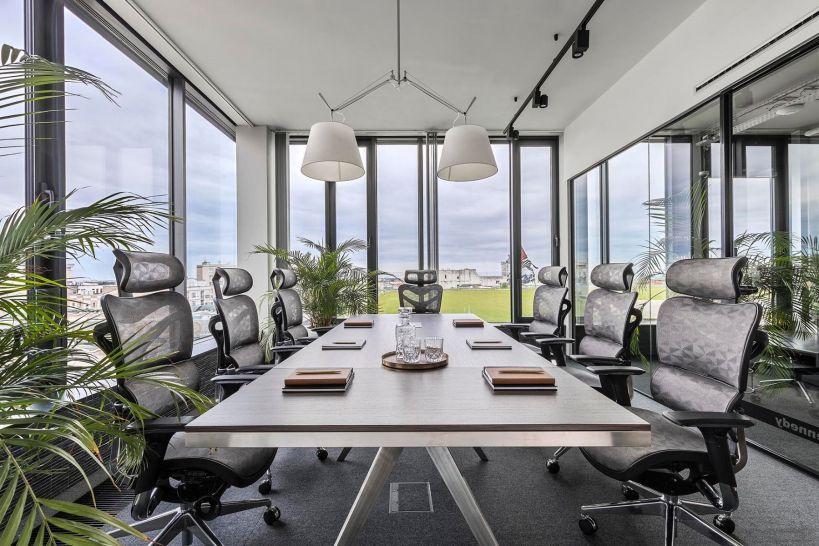 sala riunione completa di design