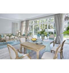 arredo sala da pranzo shabby chic con sedie provenzali in legno e tavolo allungabile