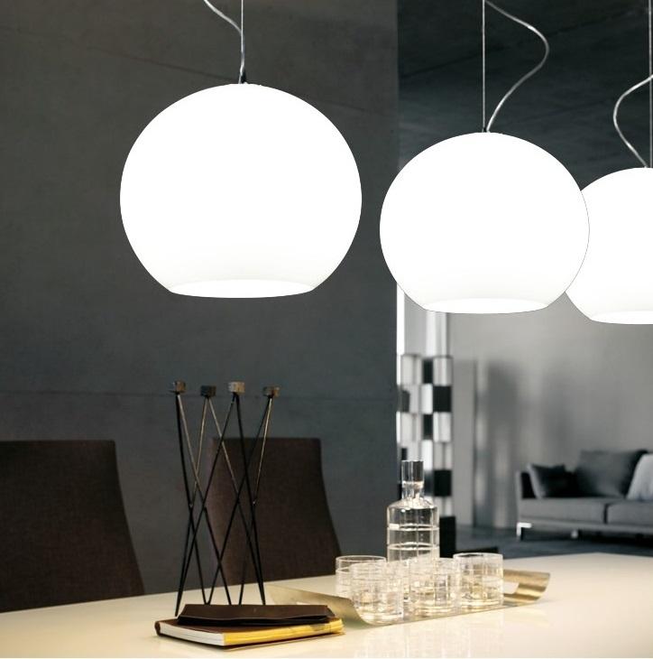 Lampada moderno di design a sospensione da soffitto sfera in vetro Molton Bianco