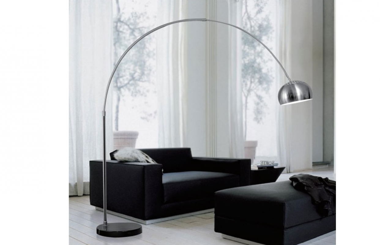 Piantana lampada da terra ad arco easy stelo stile moderno for Piantana design