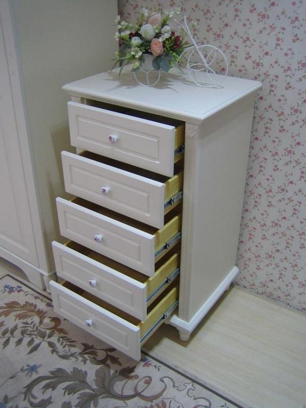 Cassettiera in colore bianco composta da 5 cassetti in stile classico - Cassettiera camera da letto ...