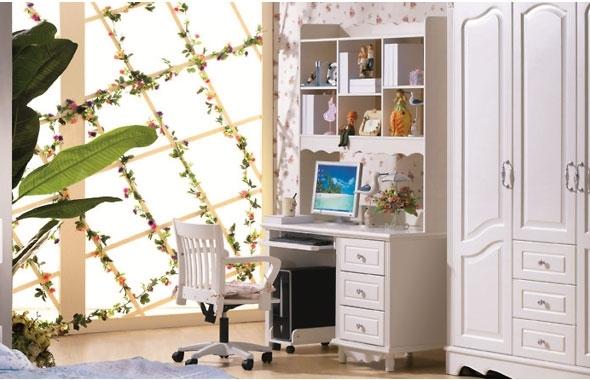 scrivania bianca con libreria camera ragazza