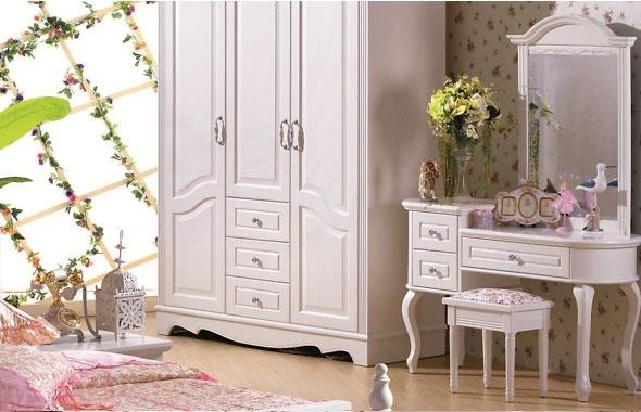 toeletta trucco con specchio colore bianco elegante raffinata