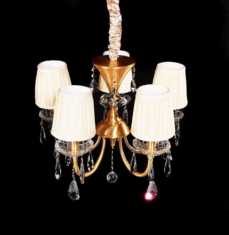 lampadario classico in offerta speciale con 5 lumi in