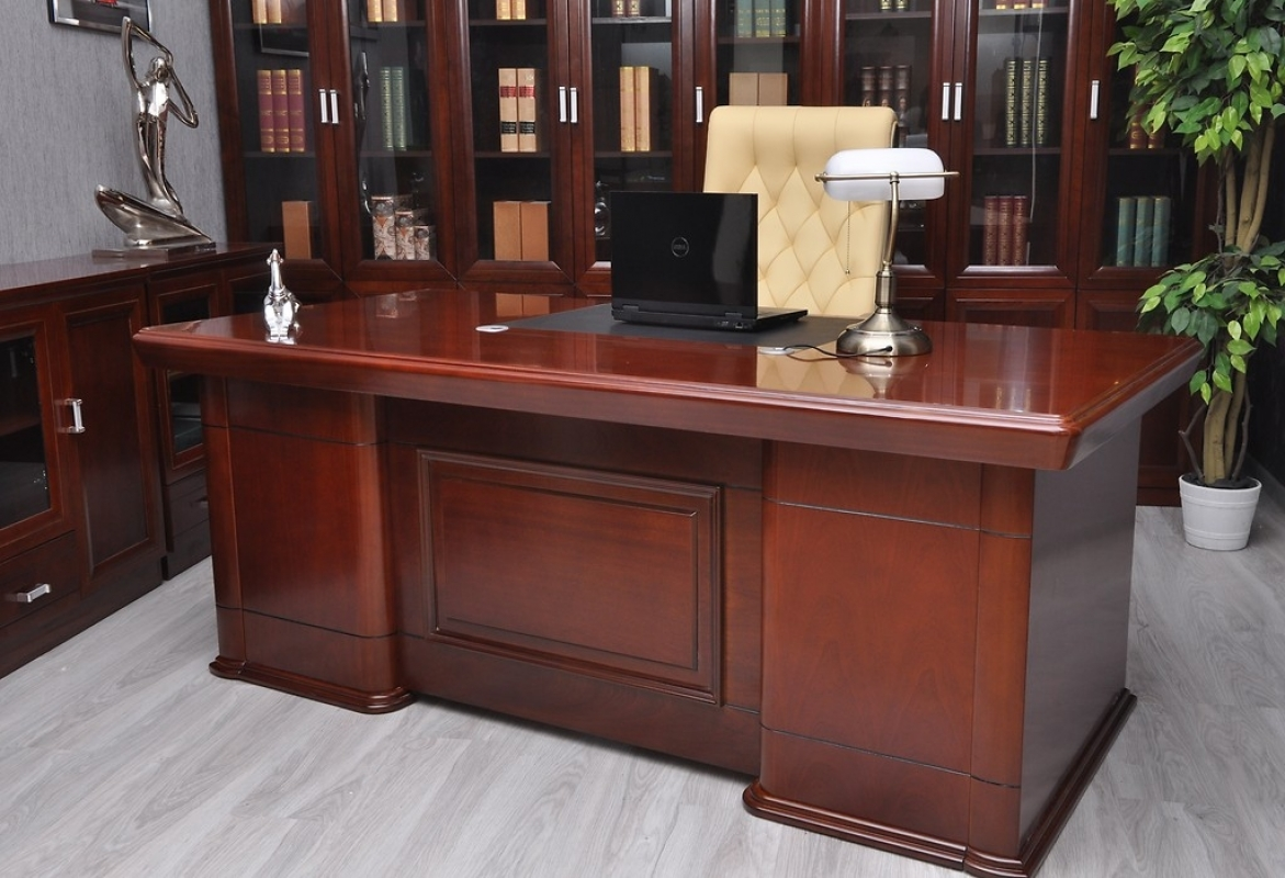 Scrivania direzionale presidenziale da ufficio per manager for Scrivanie mobili