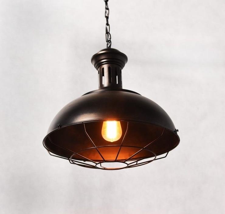Lampadario vintage in gabbia stile industriale boccato for Porticati vecchio stile