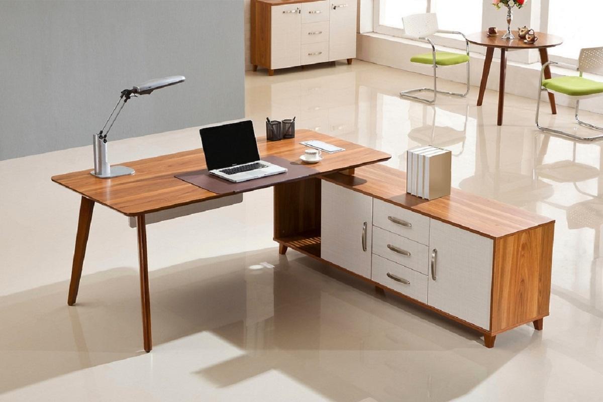 Mobili con bancali in legno - Mobile da scrivania ...