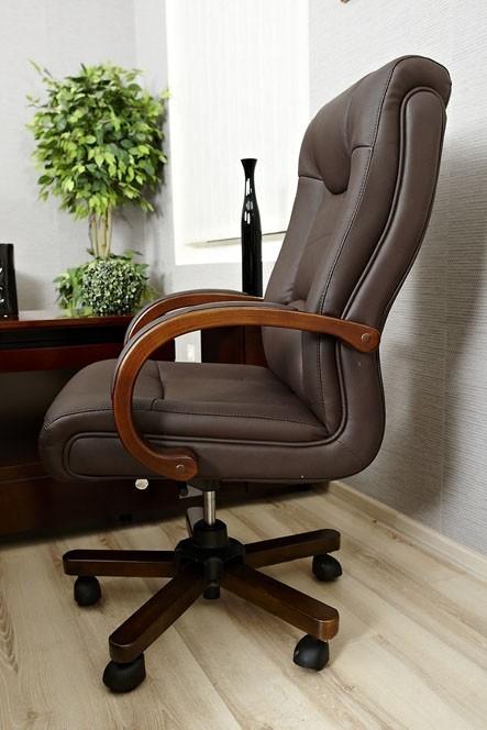 Poltrona economica in vera pelle marrone per ufficio e studio for Poltrona economica
