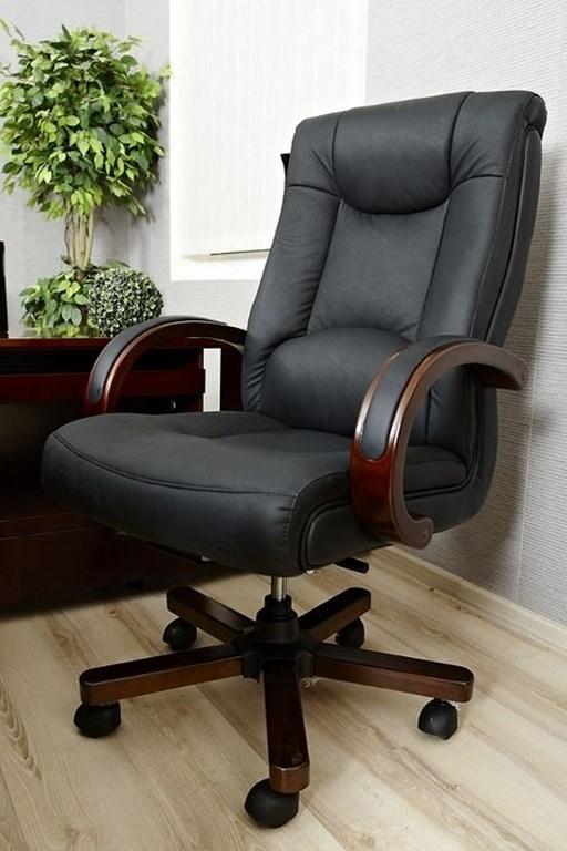 Arredo ufficio completo in stile classico con scrivania da for Arredo ufficio classico