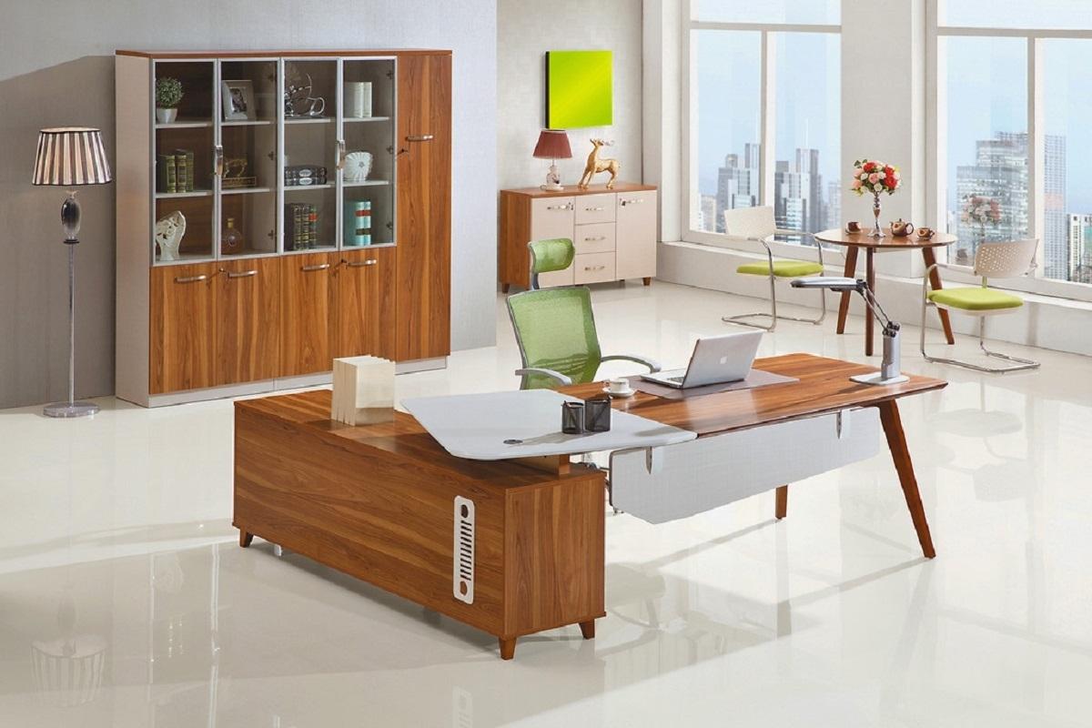 Arredo ufficio moderno presidenziale con scrivania da 2 4 for Ufficio completo