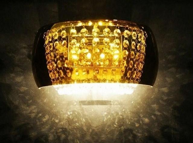 Applique lampada da parete a muro classico con cristalli per interni