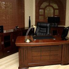 Arredo studio avvocati mobili per ufficio per avvocati for Arredamento completo moderno
