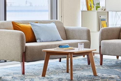 Poltroni e divani per attesa