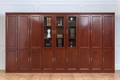mobili e arredi per ufficio in stile classico e moderno