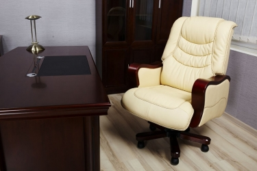 sedia presidenziale pelle